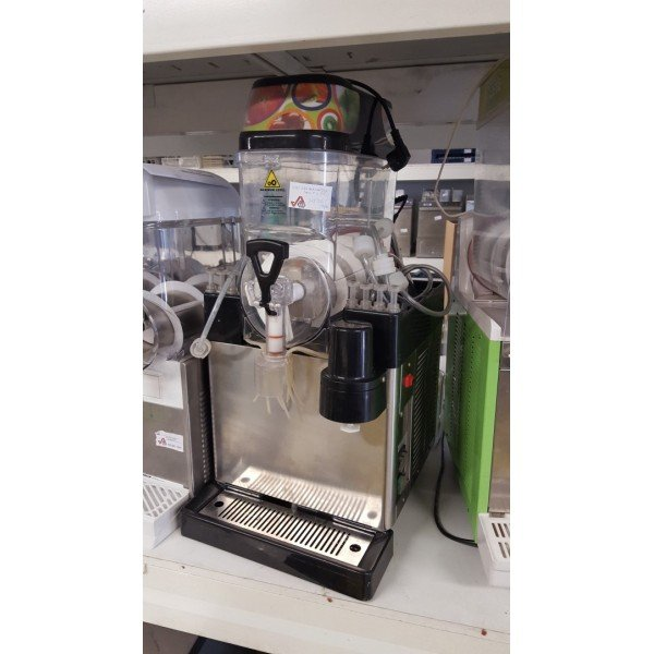 GM GBG 8 months crystals flavored crushed ice machine 8 Frozen drink machines / Crushed ice machines