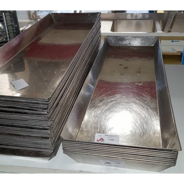 Stainless steel meat trays - 29,5x89,5x6 cm  Plates