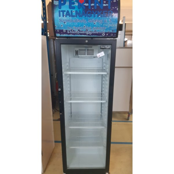 Refrigerator with glass door 600 L Coolers