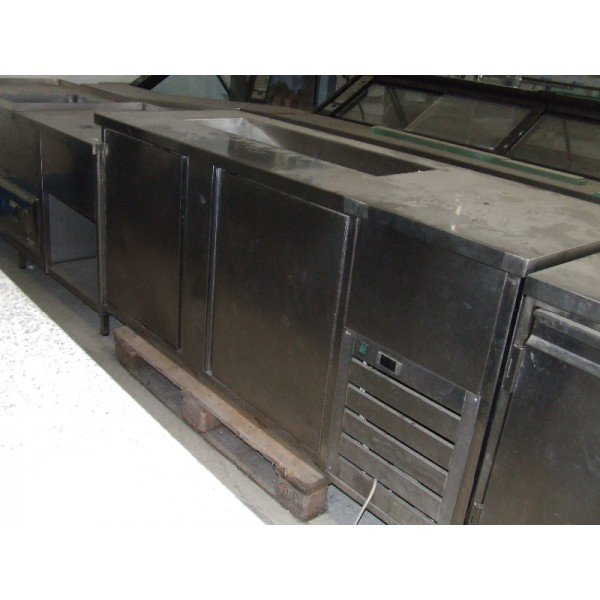 2 door refrigerated work table (H67)  Refrigerated bench / table