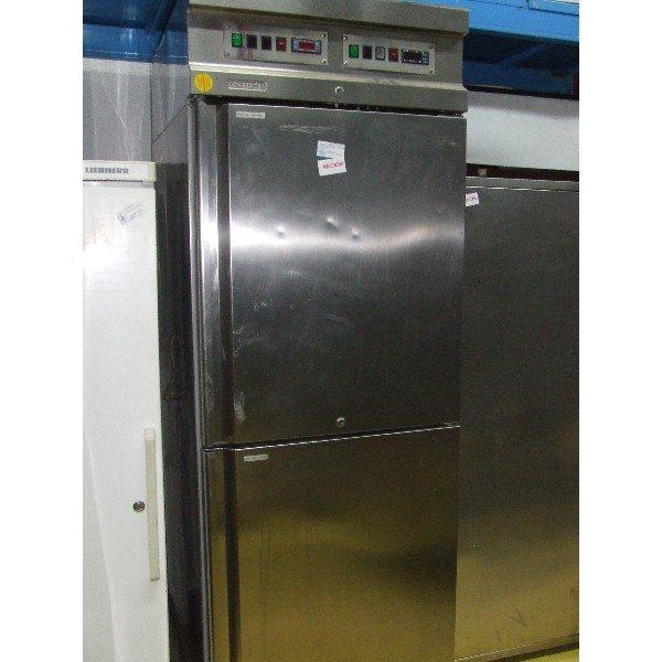 Lohberger sectional fridge-freezer (H104)  Background coolers