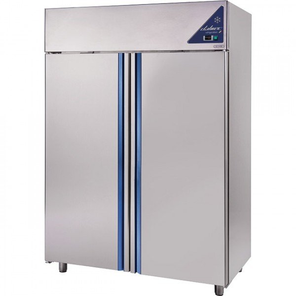 Dalmec 1400 liter stainless steel chiller Background coolers