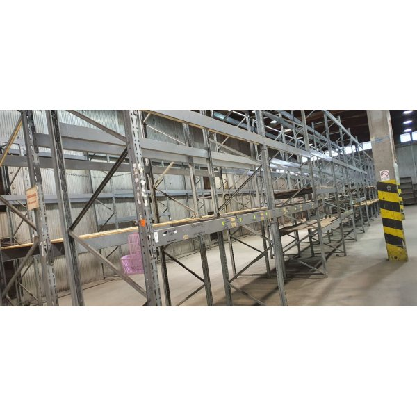 Heavy rack shelving system Warehouse equipment and supply