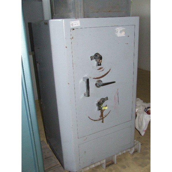 Toldi large safe (A265)  Armor / Platte cabinet