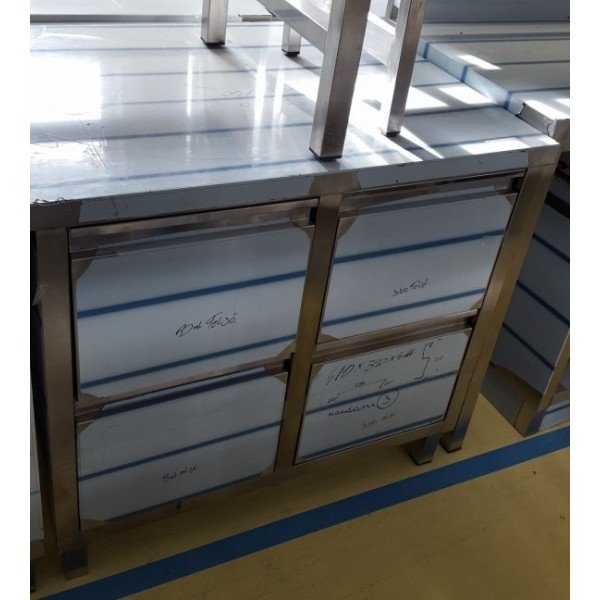 Stainless steel table with 4 drawers 90x70 cm Stainless steel tables