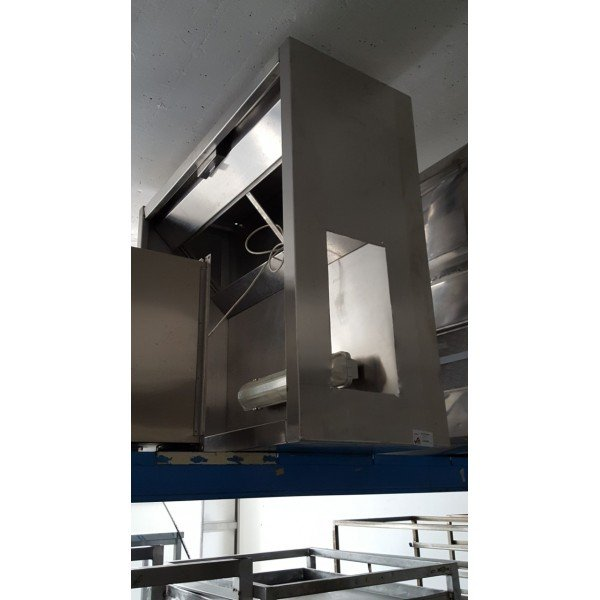 Wall-mounted suction hood - 130x110x48 cm Stainless steel extraction hood