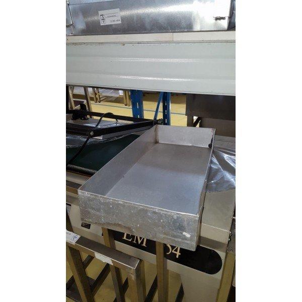 High-walled aluminum baking tray - small  Plates