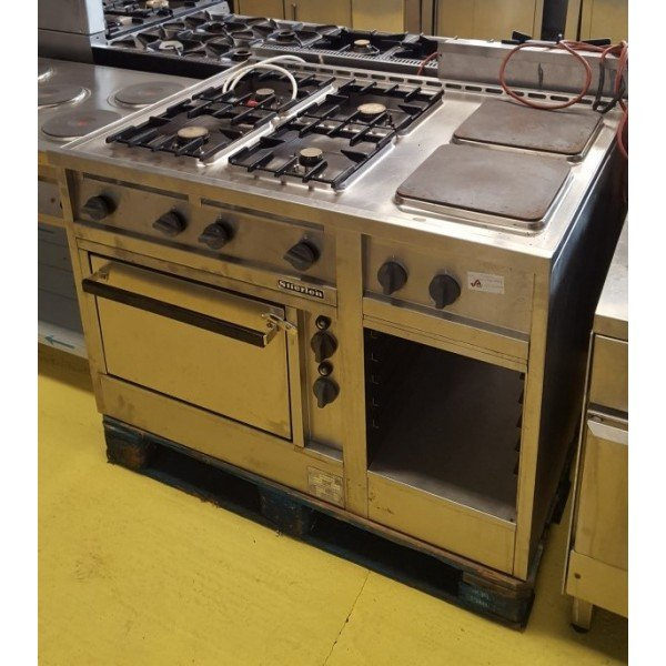 4 gas burners + 2 electric cookers with electric static oven Cookers