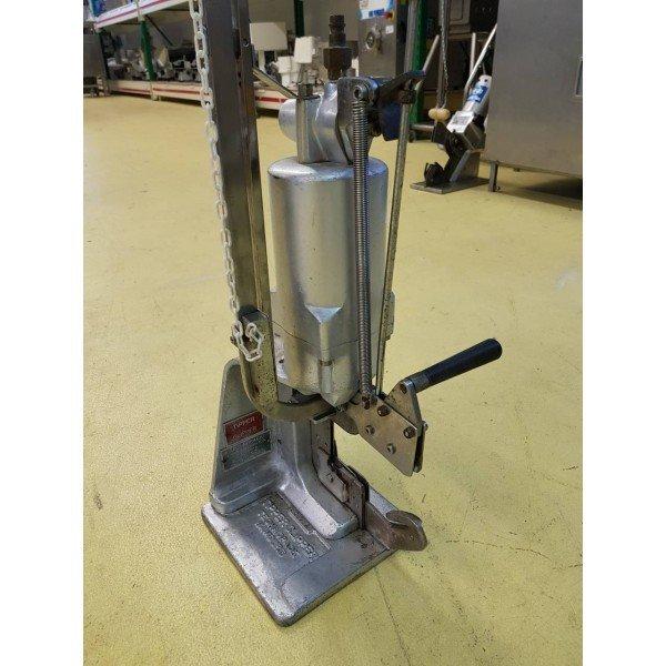Technopack Pneumatic clip Meat Machinery / Equipment
